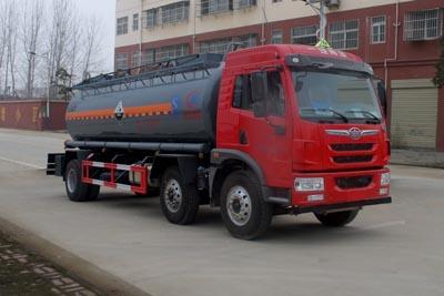 解放小三轴14.2吨腐蚀性物品罐式运输车