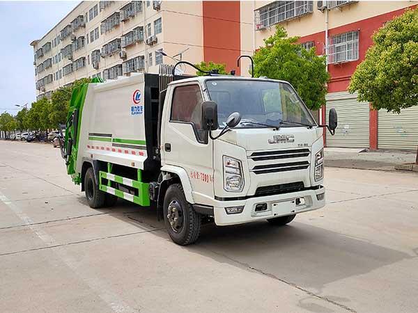 CLW5070ZYSJ6压缩式垃圾车