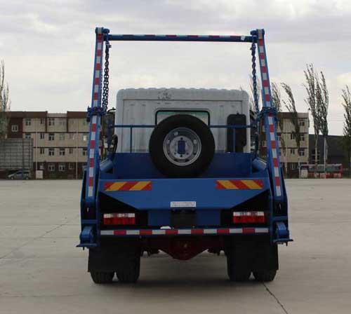 寧汽牌HLN5180ZBSE6型擺臂式垃圾車-后部照片
