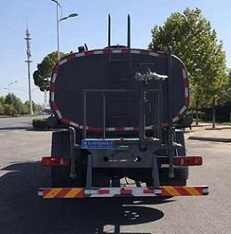 程力威牌CLW5181GSSYT6型灑水車-后部照片